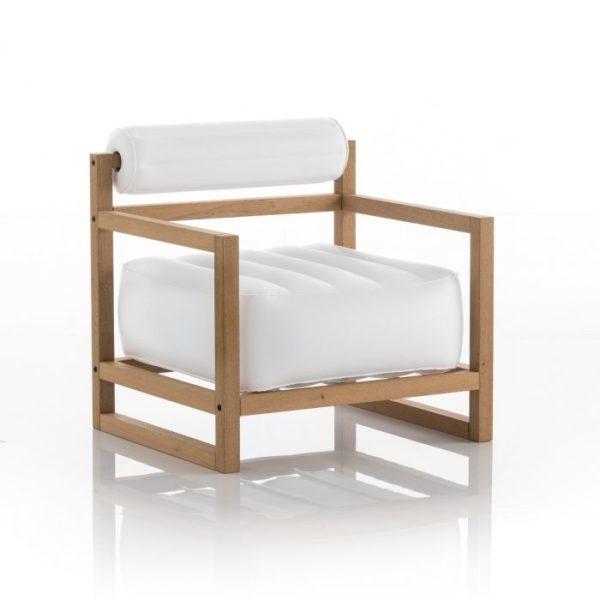 כורסת-יוקו-בצבע-לבן-אטום-עץ